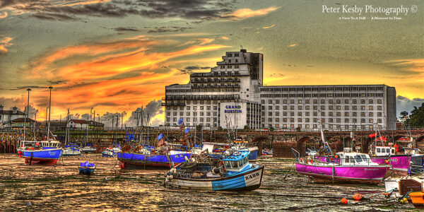 Hotel Burstin - Harbour - Low Tide