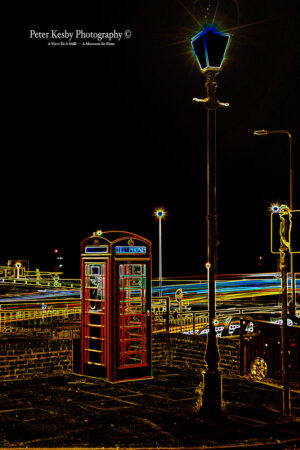 Neon - Telephone Box